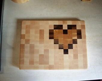 Heart pattern end-grain cutting board