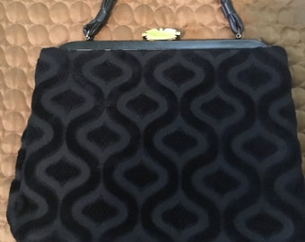 Gorgeous Black Patterned Vintage purse