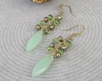 Green stone ,freshwater pearl  earring