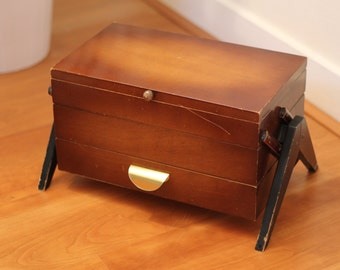Wooden sewing box / vintage sewing basket / retro / 1960s / 60's / accordion fold out