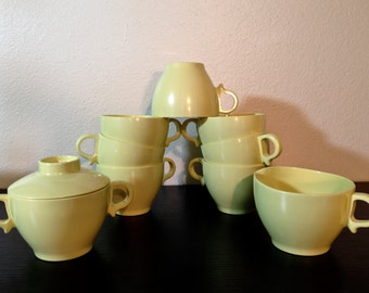 Midcentury Melamine Dishes, Vintage Melmac Dishes, Vintage Plastic Cups, Sugar Bowl and Creamer Set