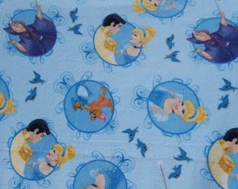 READY TO SHIP Cinderella Knotted Fleece Throw with Antipill Backing