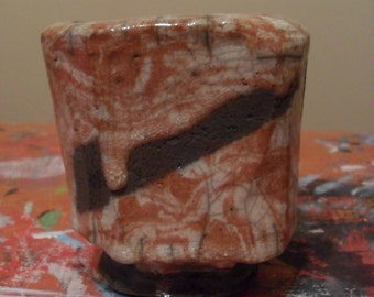Red/White Raku Tea Bowl Container