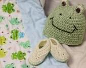Crochet Frog Hat, GIft Set, Crochet Booties, Flannel Receiving Blankets, Baby Shower Gift, Baby Blanket