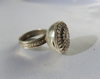 Old Ethnic Ring