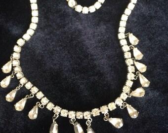 Vintage teadrop faux diamond necklace