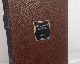 Gulliver's Travels by Dean Swift