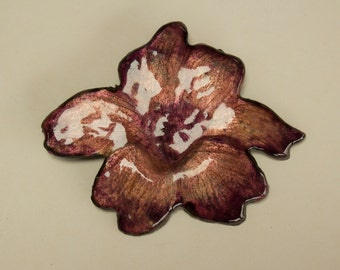 Hanging flower enamel on copper fire
