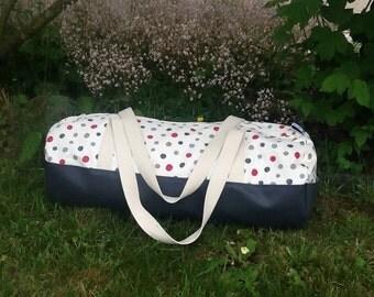 Shape duffel bag
