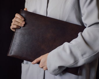 Macbook leather case, handmade with natural leather, for retina 13