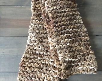 Natural warm scarf