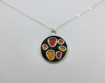 Circular color scheme pendant