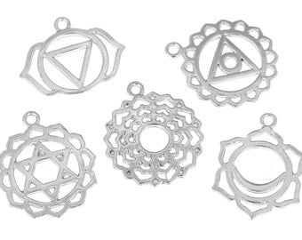 Set of 7 Chakra Charms - Bright Silver Plate (1112)