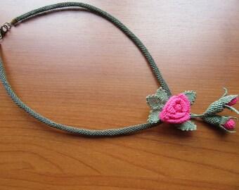 Oya necklace, needle lace, Turkish Oya necklace, pink rose necklace