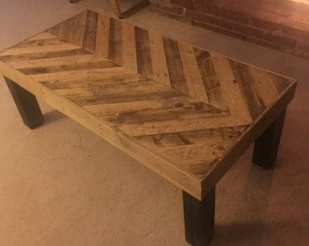 Herringbone Patterned Pallet Wood Coffee Table