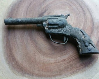 Hubley 1940s vintage toy gun (washed ashore)