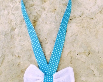 Textile necklace with knot blue/white