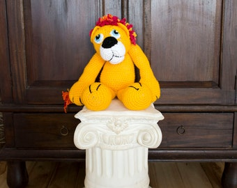 Crocheted Yellow Lion Toy for new born, toddler, child, photography, photo prop, theme for cake smash, birthday present, stuffed animal