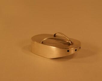 Japanese Sterling 950 Silver Salt Pepper Shaker Geisha Sandal Shoe Setta Slipper Hammered No Monogram C1132