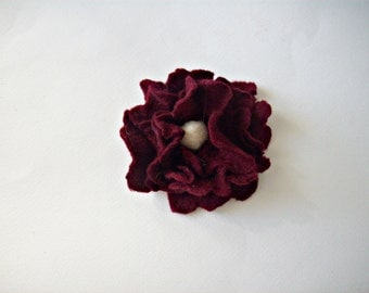 felt brooch, felt flower
