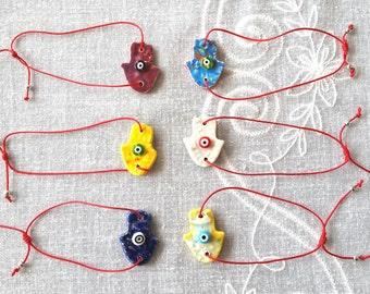Red String Hamsa Braclettes