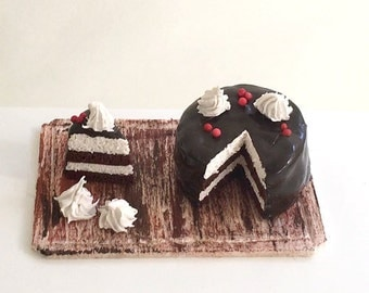 Miniature Chocolate Sponge Cake (Dollhouse)