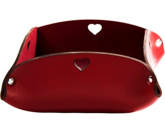 Trays made of genuine leather red heart