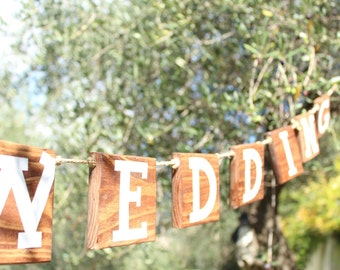 "Wooden Garland flags ""Happy Wedding"" style"