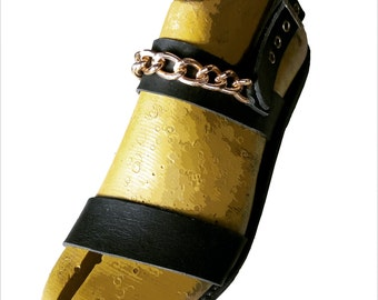 Men leather sandals with gold chain
