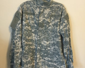 Authentic US ARMY camo jacket