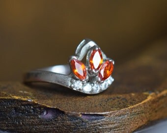 Orange and Clear Gemstone Vintage Silver 925 Ring, US Size 7.0, Used