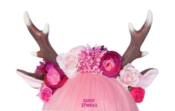 headpiece reh geweih mit blumen in pink rosa by candyzombies. Black Bedroom Furniture Sets. Home Design Ideas
