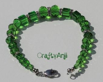 Bracelet - Green crystals