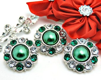 EMERALD GREEN Pearl Buttons W/ Green And Clear Surrounding Rhinestones Christmas Buttons Bridal Bouquets Button Bouquets 25mm 2997 52P 2 6R