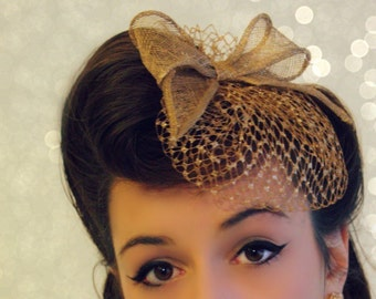 Hair decoration for suite or party.