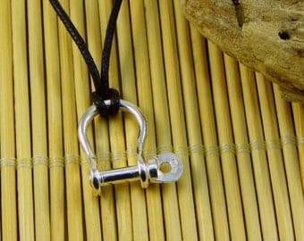 "Sailor "" shackle "" Pendant in Sterling silver 925 - surfer - sailboat"