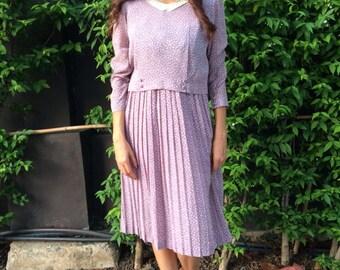 1970s classic vintage floral dress