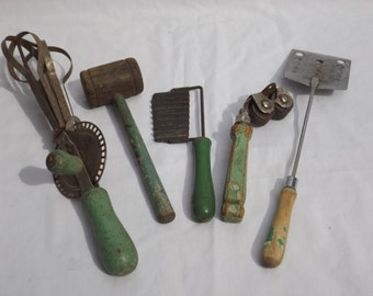 Green Wooden Handle Kitchen Utensil 5 piece lot with mallet