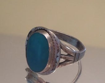 Vintage Sterling & Turquoise Signed Ring