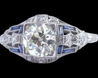 Art-Deco Diamond Ring, set in Platinum