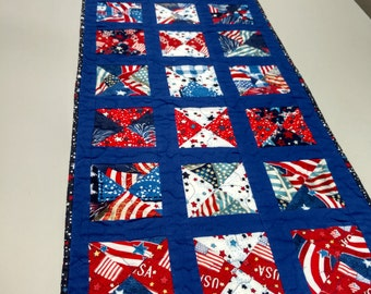 Quilted Table Runner; Patriotic Quilted Table Runner