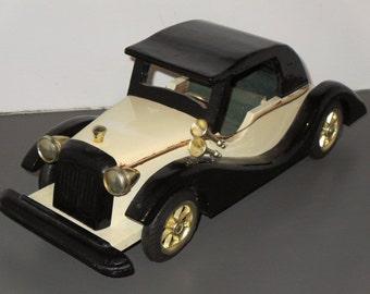 Vintage Old Car Toy Decoration
