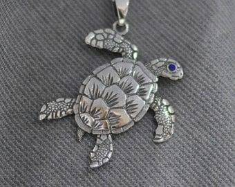 """Sterling silver """"Sea turtle"""" pendant."""