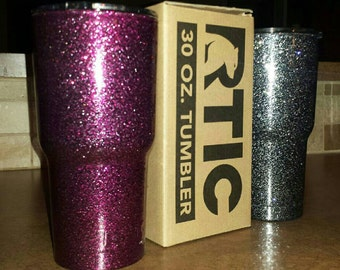 Metal flake , and shimmer colors available in 30 oz & 20 oz