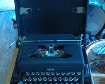 Royal portable typewriter.