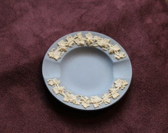 Vintage wedgewood ashtray from 1956