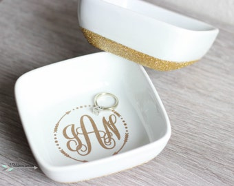 Monogram Ring Dish, Ring Dish, Bridesmaids Gifts, Bride Gifts, Ring holder, Glitter Ring Tray, custom ring dish, monogram bridesmaid gift