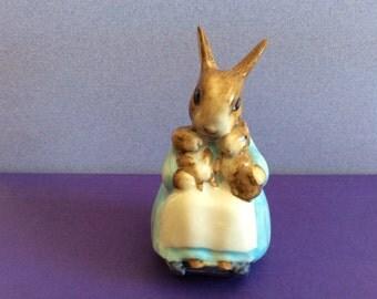 Beatrix Potter: Mrs. Rabbit and Bunnies