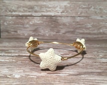 White Coral Reef Starfish - Wire Wrapped Bangle