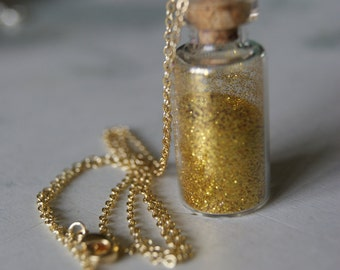 Golden Pendant Necklace ⋆ mini flask ⋆ sand glittery yellow gold